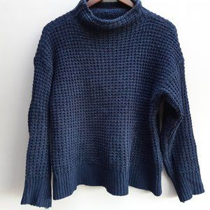 American Eagle Navy knit turtleneck sweater